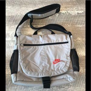 Nike Messenger Laptop Shoulder Bag